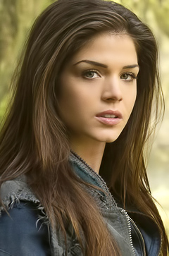 Marie Avgeropoulos beautiful pics