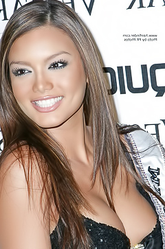 Pure beauty celeb Zuleyka Rivera