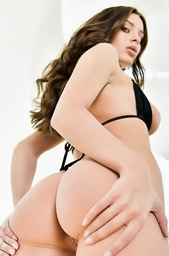 Nude bootylicious Lana Rhoades