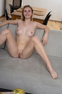 Amateur Beauty Ruth With Perfect Body