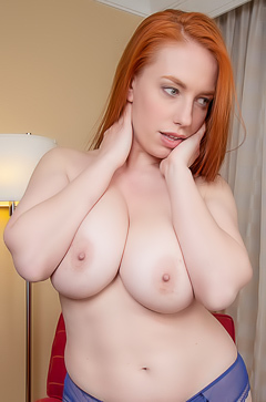 Titania Green is showing her boobs
