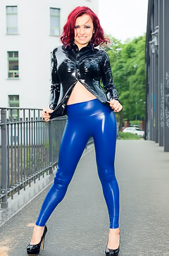 Lara Larsen - blue latex