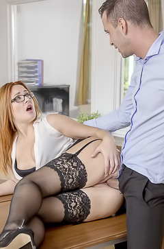 Hot fuck with secretary Eva Berger