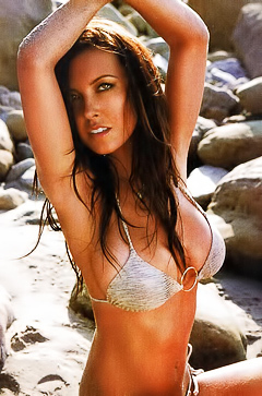 Audrina Patridge getting naked