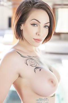 Busty Harlow Harrison with tattoos