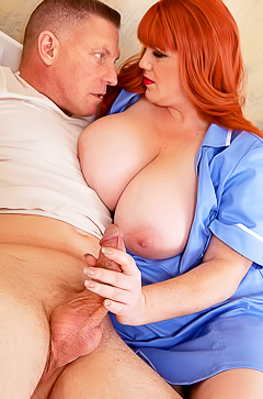 Porn with huge boobed Roxee Robinson