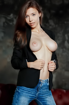 Breathtaking Busty Teen Mila Azul