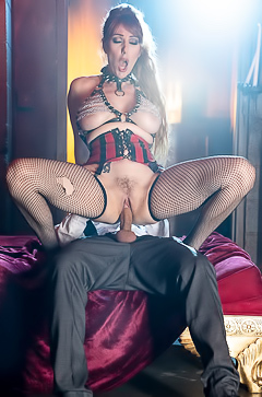 Lauren Phillips Fcuks With Her Dominating Businessman