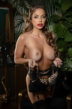 Abigail Mac Showing Herb Big Milf Tits