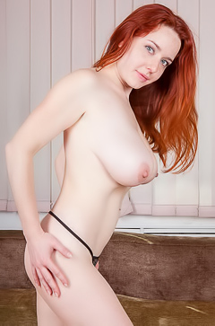 Sara Nikol Shows Off Those Big Redhead Titties